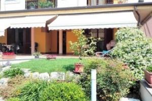 Splendida porzione di Villa Bifamiliare di mq 380